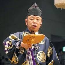大相撲・最高位行司が若手行司にショタホモセクハラ