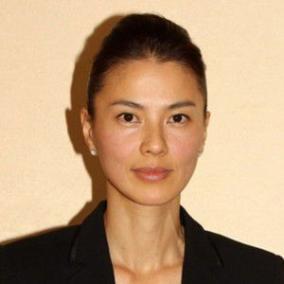 江角マキコが落書きとクエストキャピタル関係者との不倫で引退