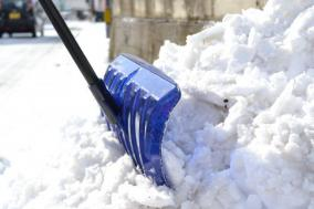雪国民へ教える「除雪楽々な処世術」