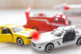 クリニック 一時停止無視車両との衝突事故で未成年の加害者に鉄槌を下したい