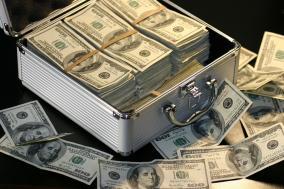 【体験談】元手ゼロで月に100万円を転売で稼いでいた方法