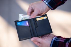 クリニック 自己破産から5年経過するためクレジットカードを作りたい