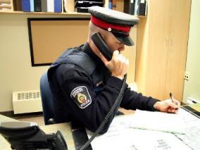 クリニック 警察本部への転送電話設定は可能なのか知りたい