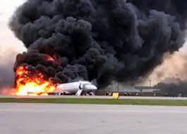 炎上したロシア旅客機の機内動画が流出