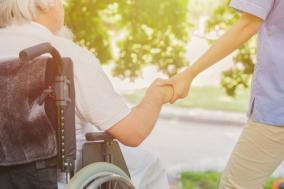 クリニック 親の介護で退職したら3か月待たずに失業保険がもらえるのか知りたい