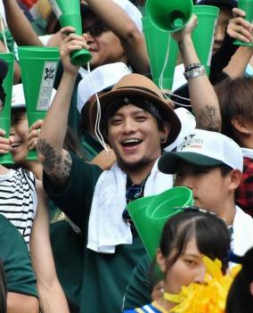 元KAT-TUN田中聖、刺青全開で弟の甲子園出場を応援