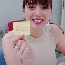 テレ朝三谷紬アナの乳乗せ動画が話題