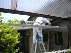 クリニック 火災保険でカーポートの屋根等の外構の工作物を修理したい