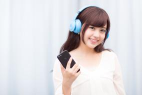 定額制の音楽聴き放題サービスをずっと無料で利用する方法