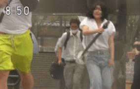 NHK台風情報で豪快に揺れる巨乳女性が話題