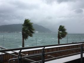 台風到来の時期「災害対策と税金の関係について」