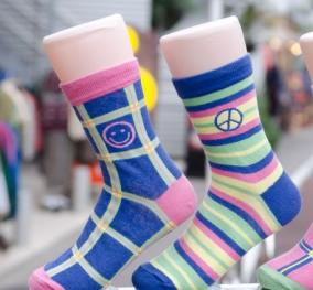 高品質な靴下を永久に履き続けられるサービス