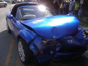 クリニック 車両保険未加入時に自損事故した車を翌年車両保険に加入して修理したい