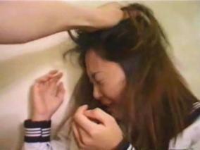 今日のエロ 出演強要で輪姦された女優が泡吹いて失神痙攣してるAV