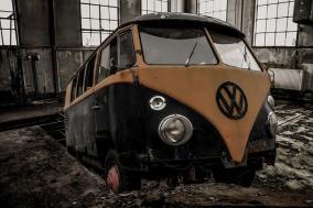 クリニック 会社支給の営業車を故意とバレずに壊したい