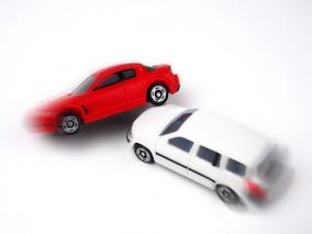 クリニック 交通事故でなるべく多く慰謝料をもらい後遺症認定もされたい