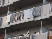 親しい間柄のマンション在住相手宅に行う嫌がらせ方法