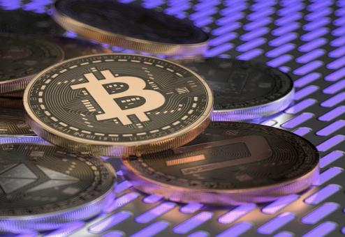 楽天、「みんなのビットコイン」買収 仮想通貨交換業に参入